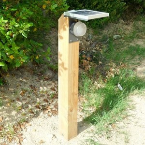 Borne solaire LED
