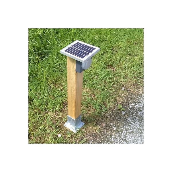Borne d 39 eclairage solaire for Borne eclairage exterieur solaire
